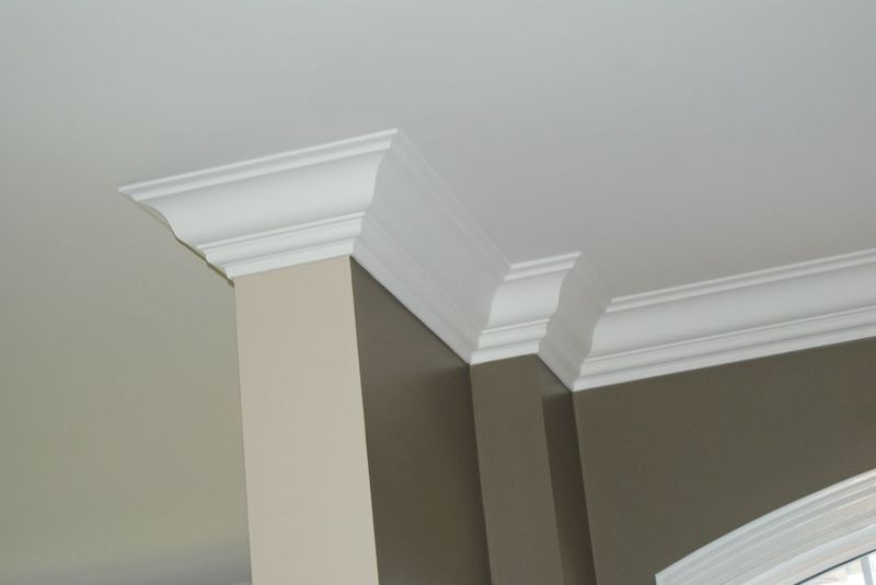 how to make a scarf cut on crown molding